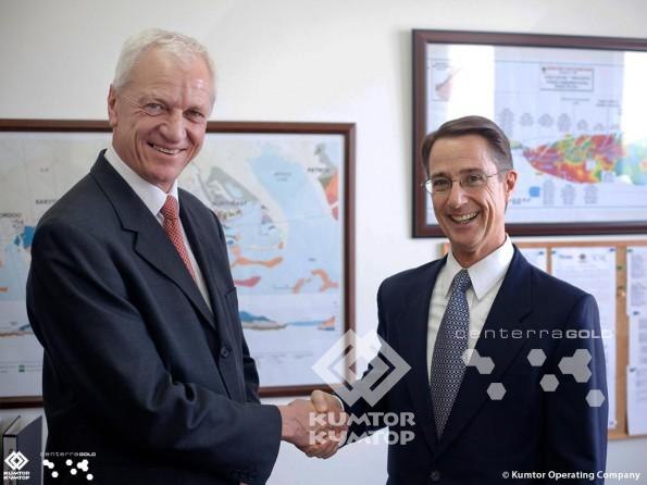 President of the Kumtor Operating Company Michael Fischer and Robert Wunder, ex-president of company