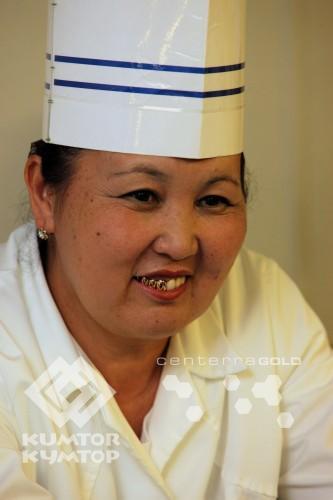 Жылдыз Омурбаева , пекарь - кондитер