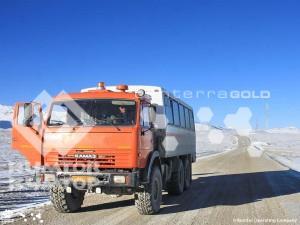 Митингующие в Саруу захватили грузовик «Кумтора»
