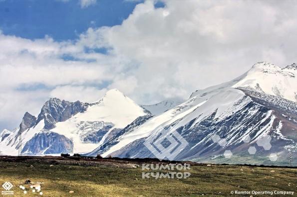 Kumtor_nature1